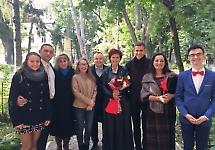 Студенти БДМУ привітали лікарів-психіатрів з професійним святом