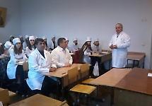 """Відбувся круглий стіл """"Цікаві факти медицини козацького періоду"""""""