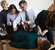 Викладачі Буковинського державного медичного університету навчали старшокласників і вчителів надавати першу медичну допомогу