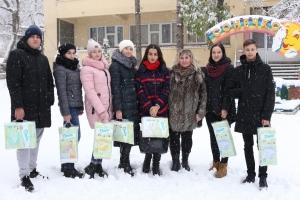 Студенти БДМУ відвідали вихованців Чернівецького будинку дитини