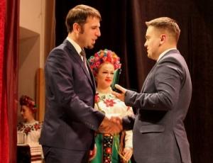 Викладачів БДМУ відзначено ювілейною відзнакою «100-річчя Буковинському віче»