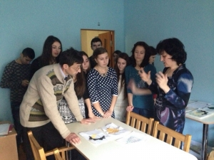Студенти-медики привітали дітей з Новорічними святами