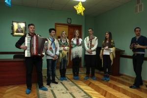 Студенти-медики привітали з Різдвом маленьких пацієнтів