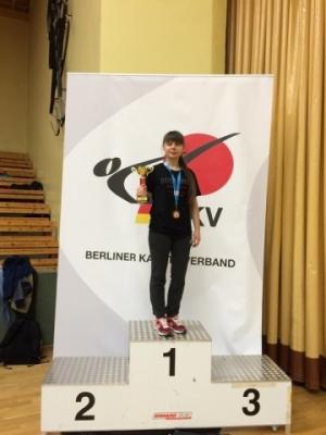 Студентка університету здобула золоту нагороду з WKF-карате