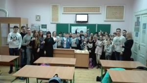 Студенти БДМУ розповіли школярам як доглядати за зубами