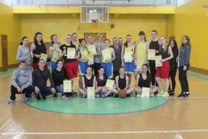 Обласні спортивні ігри з баскетболу