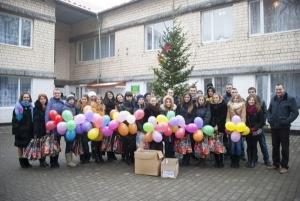 Студенти БДМУ привітали дітей-сиріт зі святом