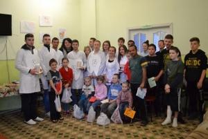 Студенти-стоматологи відвідали дитячий притулок
