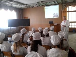 На кафедрі догляду за хворими відбулися заходи до Дня медичної сестри