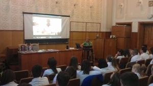 Студенти взяли участь у диспуті «Етика взаємовідносин лікаря і пацієнта»