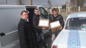 Студенти-медики передали гостинці воїнам АТО