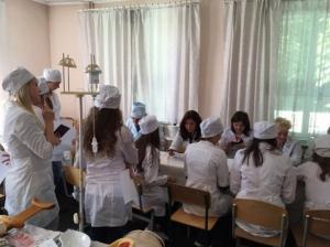 Студенти-медсестри здають випускні іспити