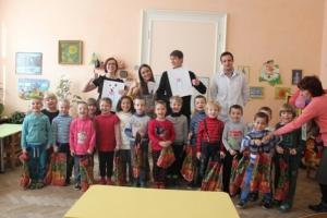Студенти-стоматологи влаштували новорічне свято для дітей