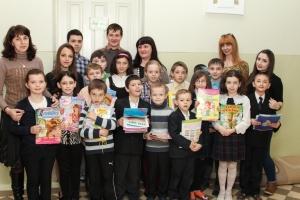 Студенти БДМУ подарували дітям книги