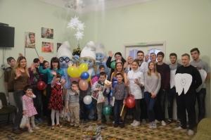 Стоматологи БДМУ привітали діток притулку з Днем Миколая