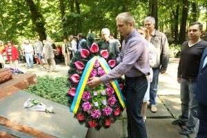 Студенти і викладачі вшанували пам'ять жертв війни в Україні