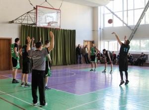 Відбулися змагання з баскетболу