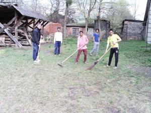"""До акції """"Зробимо Україну чистою"""" долучились студенти – іноземні громадяни БДМУ"""